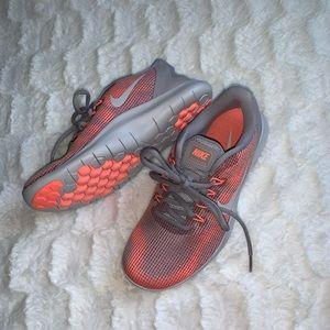 NIKE Flex Running Sneakers